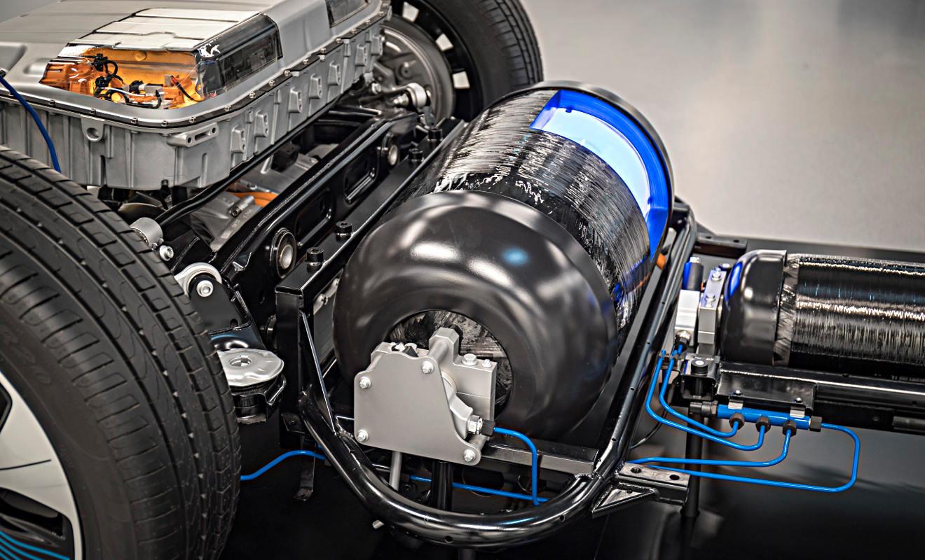 Die Wasserstofftanks im Mercedes GLC F-Cell. Foto: Daimler